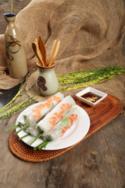 Phái đoàn Triều Tiên lựa chọn thực đơn mang phong cách ẩm thực Việt Nam với 9 món gồm tỏi cuốn tôm thịt, súp bào ngư, salad ngon Garden, bánh xèo Ngon Garden, cá lăng nướng muối ớt, nem cua bể, bê chao Mộc Châu, bò nướng Nha Trang cùng tráng miệng là chè tổ yến đu đủ. Đây đều là những món ăn đặc trưng của nhà hàng với sự kết hợp tinh tế, độc đáo giữa ẩm thực Việt Nam và quốc tế; đồng thời đa dạng về phong cách, phù hợp nhiều khẩu vị và đảm bảo ngon miệng, ngon mắt, tròn vị.