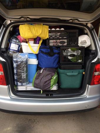 Hành động đáng yêu của các ông bố khi đi du lịch