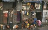 Đến Ấn Độ ở trong khu ổ chuột - Ảnh 1.