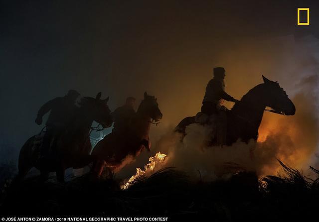 National Geographic công bố những bức ảnh đạt giải cuộc thi Travel Photo Contest 2019 - Ảnh 9.