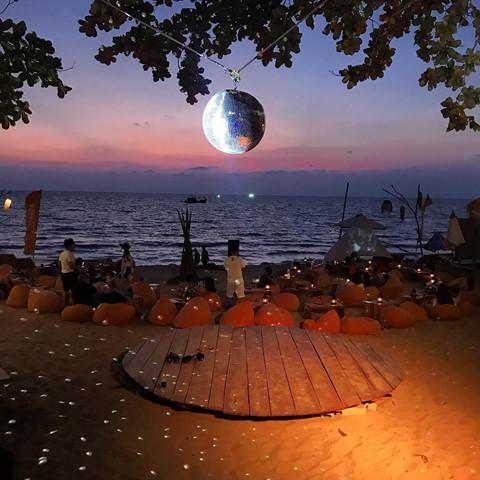 Den beach bar ngam hoang hon Phu Quoc tuyet dep hinh anh 13