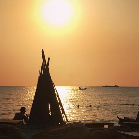 Den beach bar ngam hoang hon Phu Quoc tuyet dep hinh anh 8