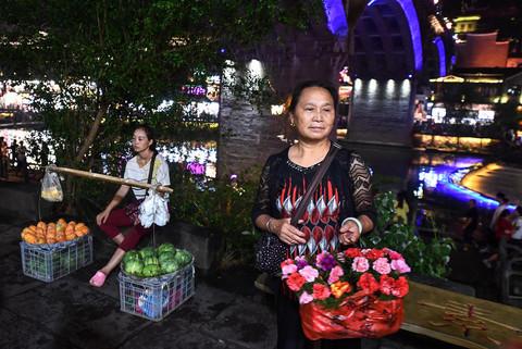 Dao buoc Phuong Hoang co tran, luon 99 khuc cua o Truong Gia Gioi hinh anh 25