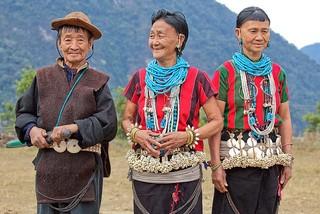 Mua tuyet roi tai quoc gia hanh phuc Bhutan hinh anh 17