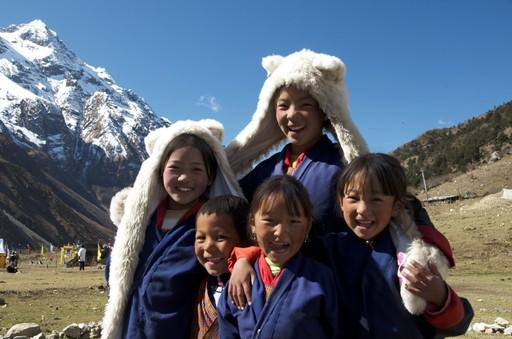 Mua tuyet roi tai quoc gia hanh phuc Bhutan hinh anh 14