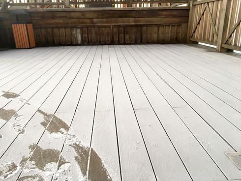 Đỉnh Fansipan âm 1 độ, băng tuyết bất ngờ xuất hiện khiến nhiều du khách thích thú6