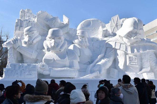 Rất nhiều các tác phẩm điện ảnh nổi tiếng được điêu khắc tại lễ hội tuyết Sapporo /// Ảnh: Kazuhiro Nogi/AFP