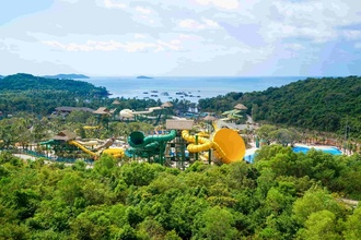 Cong vien nuoc chu de Aquatopia Water Park chinh thuc khai truong hinh anh 1 Toan_canh_Aquatopia_Water_Park_2.jpg