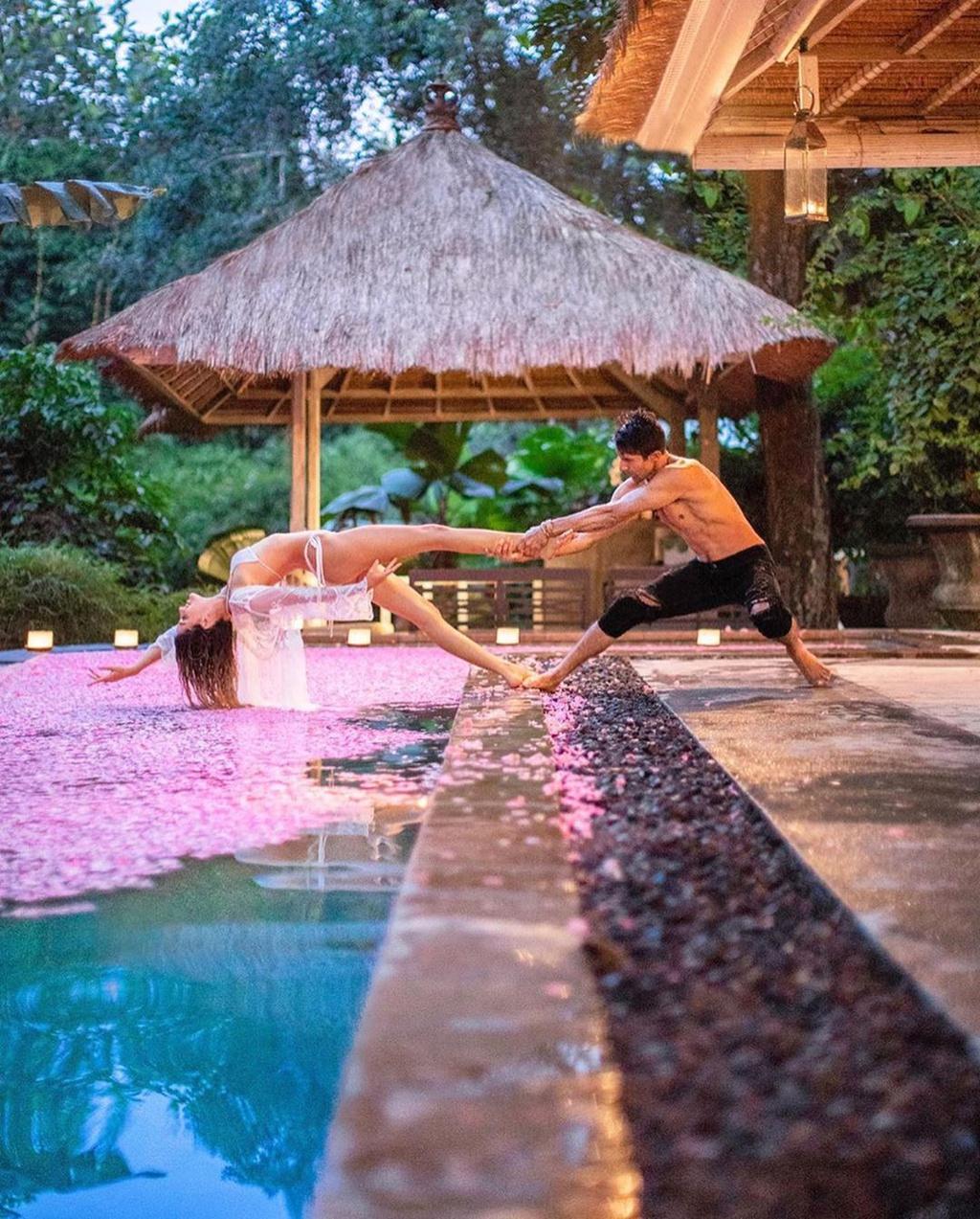 Bali, Paris ngot lim trong anh mua yeu cua cac blogger noi tieng hinh anh 5 3.2_creativetravelcouples.jpg