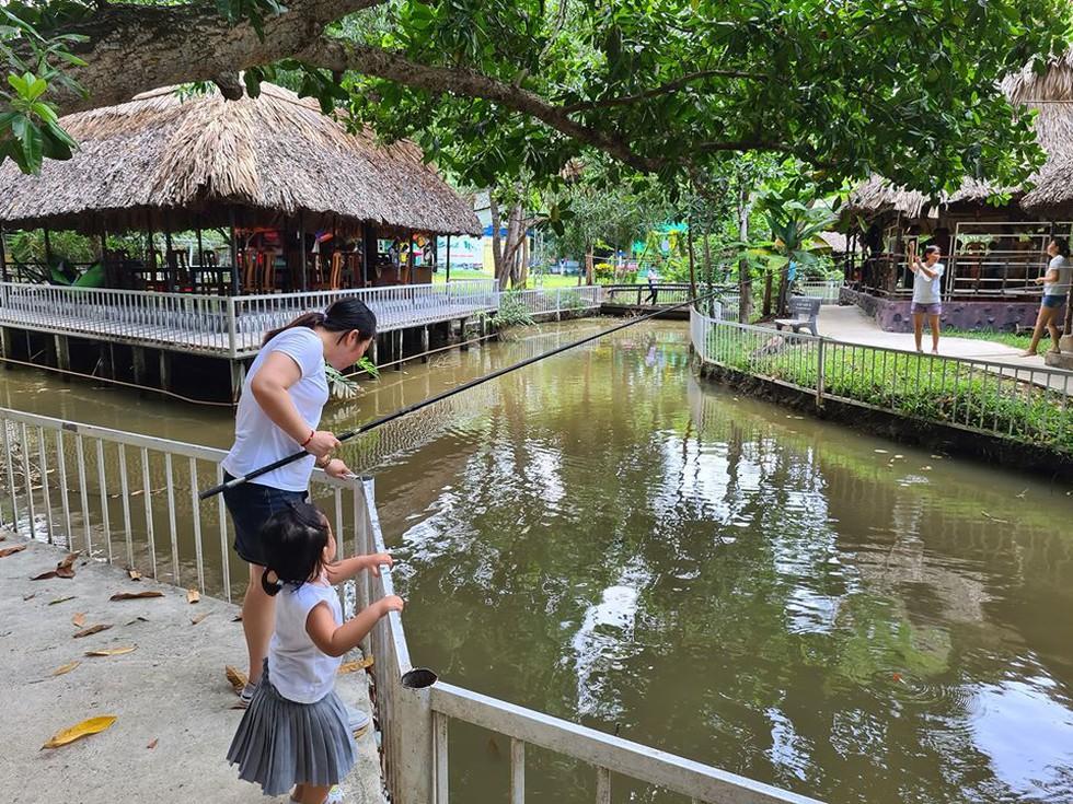 Farmstay mở cửa đón khách trở lại, thu hút người Sài Gòn - ảnh 3