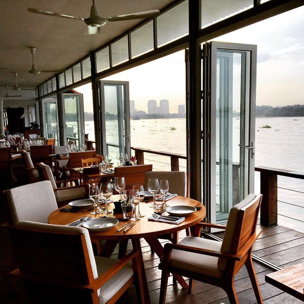 Cận cảnh quán bar ở Sài Gòn được báo Anh xếp vào hạng 'tốt nhất thế giới' - ảnh 5