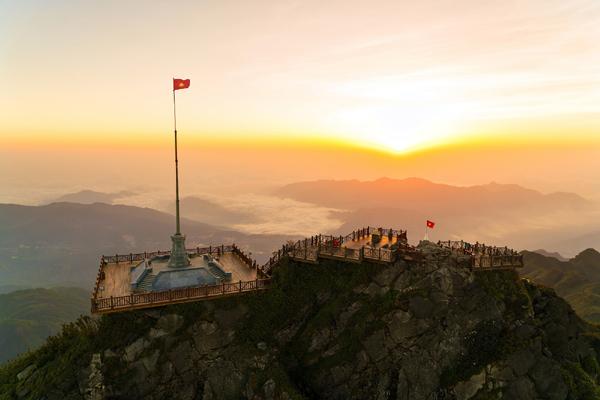 Lào Cai đón 64.000 lượt du khách trong 4 ngày nghỉ lễ